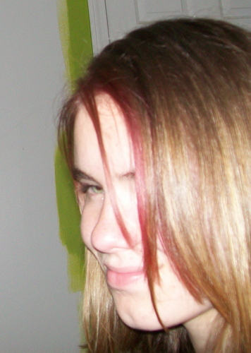 Tatiana with a red highlight in her hair(she did it with a sharpie!) - cheerleader123 Photo