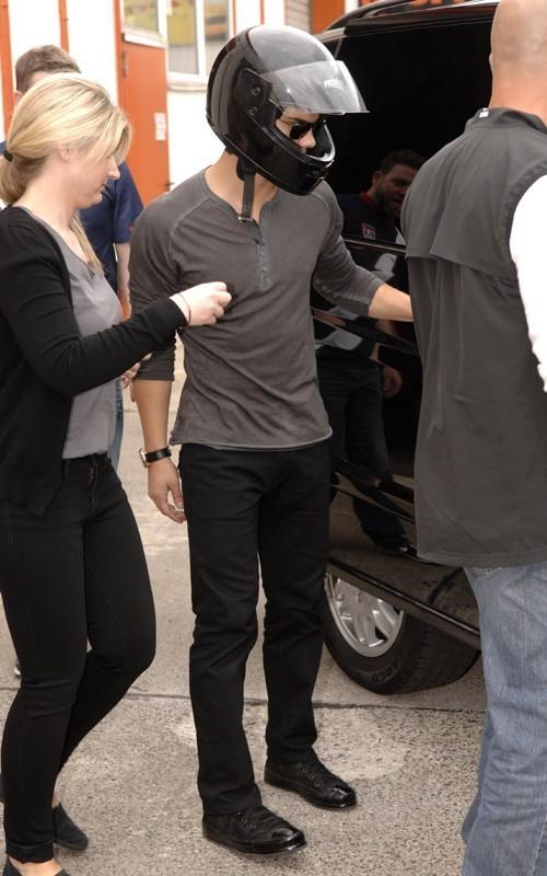 Taylor Lautner: Go-Karting Fun in Germany