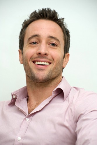 Alex O'Loughlin wallpaper entitled The Back-Up Plan Promtional