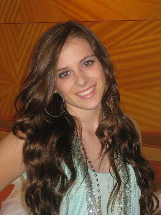 Caitlin Beadles On Twitter 13 Year Old Girl Now Vs Me As: Caitlin Victoria Beadles Photo (13199983