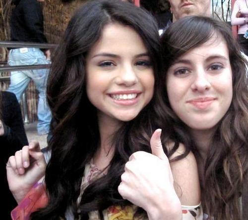 ***Selena***