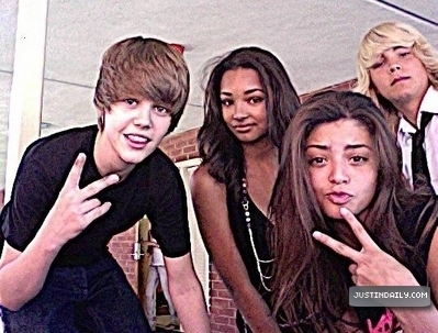 Justin Bieber - Somebody To Love Ft. Usher Lyrics