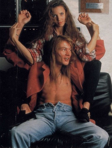 Axl Rose and Erin Everly - axl-rose Photo