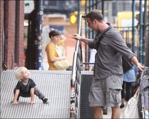 हे Dad! I'm Spiderman!