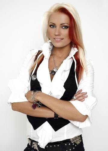 Triinu Kivilaan - Be With You (Trancelectro Mixx)