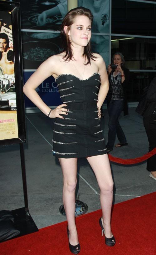 Kristen @ 愛 Ranch premiere - June 23, 2010