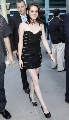 Kristen @ প্রণয় Ranch premiere - June 23, 2010