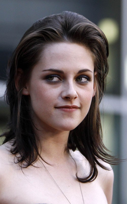 Kristen @ cinta Ranch premiere - June 23, 2010