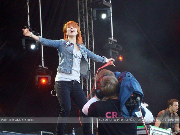 Paramore: (LIVE @ Pier Pressure) Gothenburg, Sweden