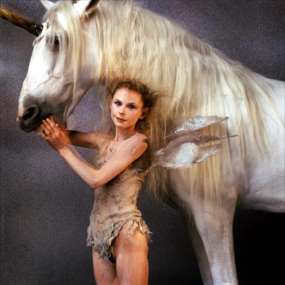 Ridley Scott's Legend images Publicity Photos HD wallpaper ... Labyrinth Movie Sarah Dress