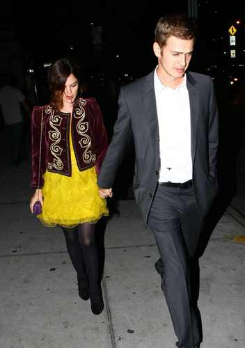 Rachel & Hayden arriving at their hotel