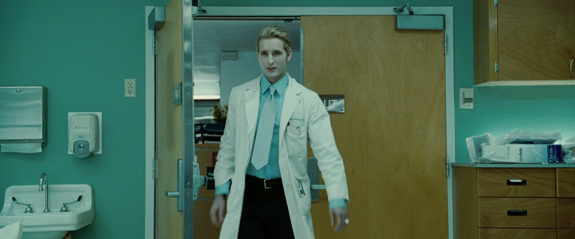 1080p resolution Carlisle images from Twilight - Carlisle Cullen