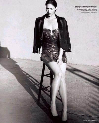 Amanda Righetti !
