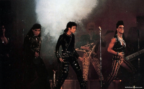 Bad Tour - Black camicia