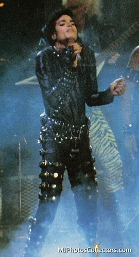 Bad Tour - Black chemise