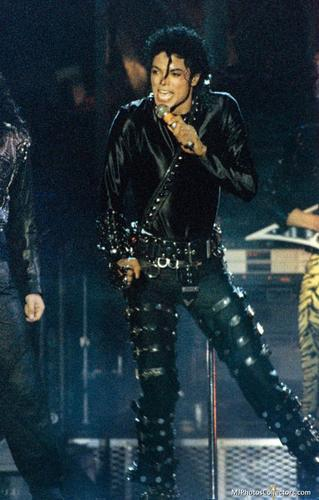 Bad Tour - Black 셔츠