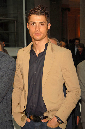 Cristiano Ronaldo Looks