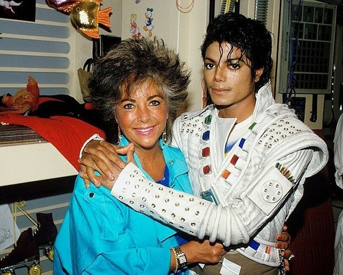 Elizabeth Taylor And Micheal Jackson