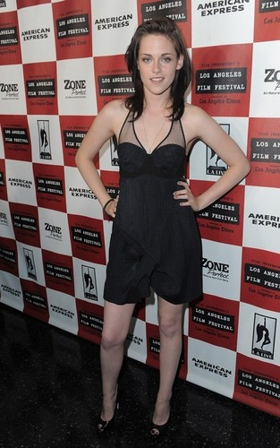 "Kristen @ the LA premiere of ""Welcome to the Rileys"""