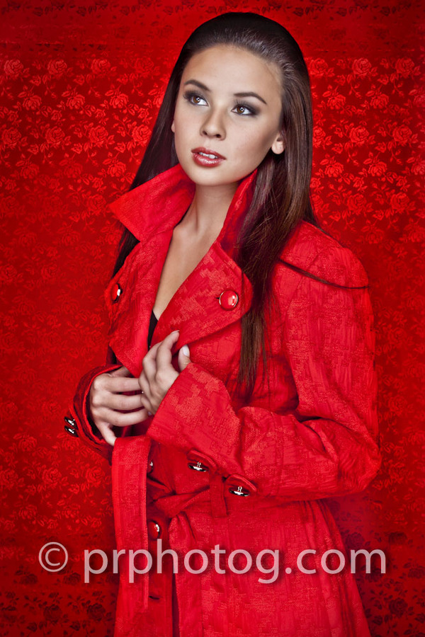 http://images2.fanpop.com/image/photos/13300000/Malese-Jow-Anna-photoshoot-the-vampire-diaries-tv-show-13326518-600-900.jpg