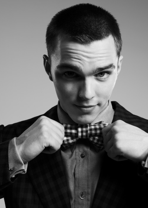 Nicholas Hoult سے طرف کی Jason Hetherington