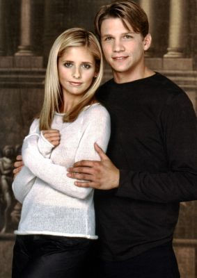 Buffy the Vampire Slayer wallpaper called Season 4 Images!