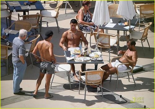 ronaldo sexy lunch
