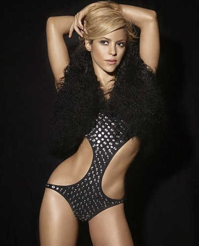 shakira 2010 bathing suit