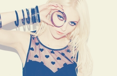 • Aria Cooper  ♠ I could kill you, but i don't want to lose my time. Taylor-3-taylor-momsen-13308201-400-259