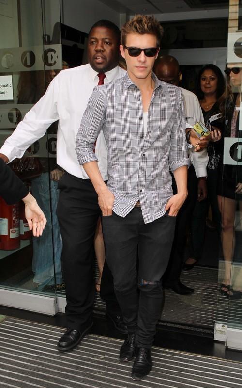 Ashley Greene, Kellan Lutz and Xavier Samuel out @ BBC Studios (July 1).