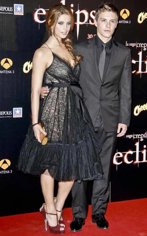 """Ashley Greene and Xavier Samuel at the """"Eclipse"""" premiere in Madrid (June 28)."""