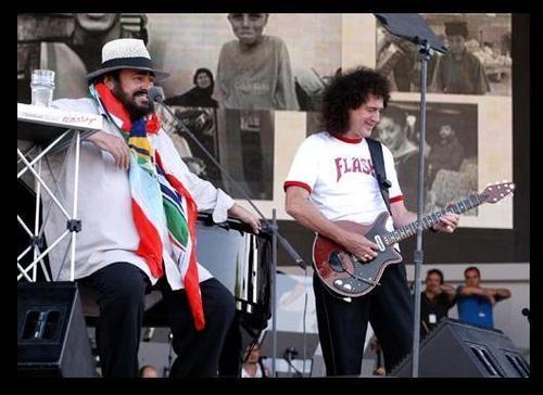 Brian&Pavarotti