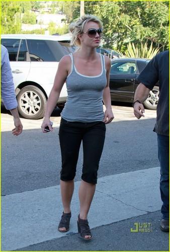Britney Spears: Caffeine Quickly