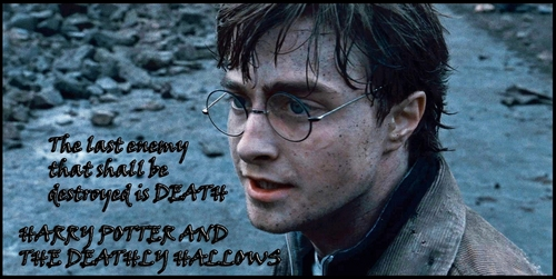 Deathly Hallows kertas dinding