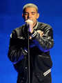 Drake performing on the 2010 BET Awards - aubrey-drake-graham photo