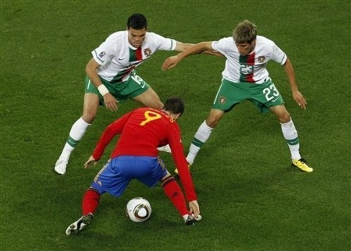 Fernando Torres দেওয়ালপত্র titled Fernando Torres - Spain (1) vs Portugal (0)