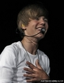 ہوم > Tours > My World Tour (2010) > June 2010 > Marcus Amphitheater- Milwaukee Summer Fest, Milwau