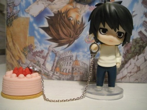 L chained to cake