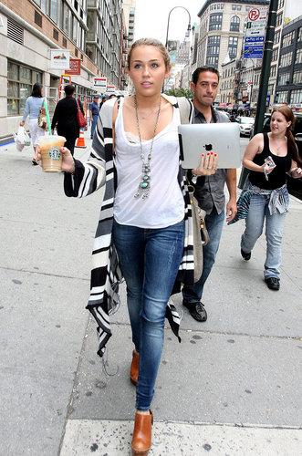 Miley Cyrus !