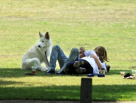 Miley,LIam and their dog,Mate