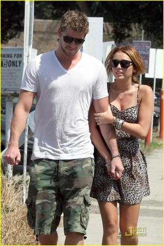Miley&Liam out in Toluca Lake
