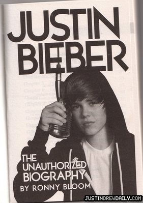 Biography Justin Bieber on Books   Justin Bieber Biography  Unofficial    Justin Bieber Photo
