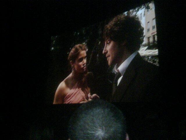 Nikki at 런던 Eclipse Premiere!