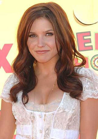 Sophia kichaka who plays Brooke Davis on One mti kilima
