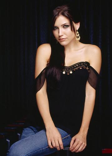 Sophia arbusto, bush who plays Brooke Davis on One árvore colina