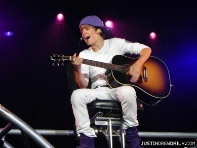 Tours > My World Tour (2010) > June 2010 > Target Center, Minneapolis Minnesota; (June 29th)