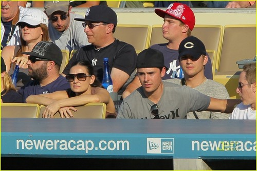 Zac @ Dodgers Game
