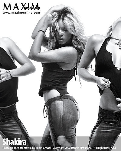 Shakira maxim 2