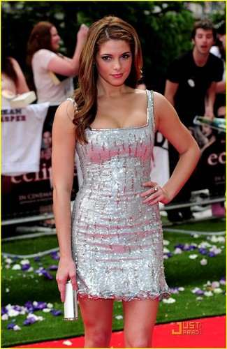 Ashley Greene @ Eclipse London Premiere