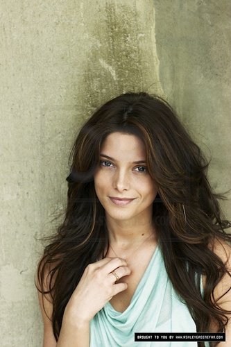 Ashley Greene - People